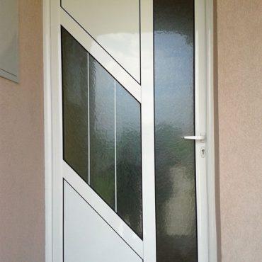 ulazna vrata sa kosinom